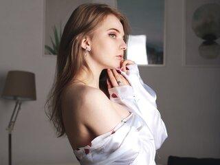 Naked show EmilyKlark