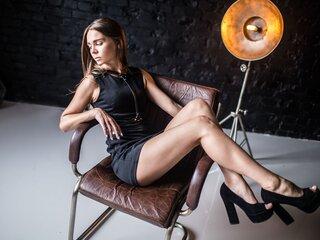 Shows sex KindCutie